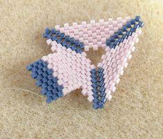 Páratlan peyote technika kezdőknek, akasztó fűzése háromszögre. Peyote t...
