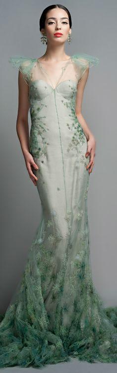 gorgeous gowns Shop Zac Posen Celadon Evening Gown at Moda Operandi Zac Posen, Beautiful Gowns, Beautiful Outfits, Stunningly Beautiful, Beautiful Flowers, Runway Fashion, High Fashion, Dress Fashion, Vestidos Fashion