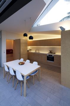 Image 5 of 17 from gallery of House 6 / Welsh+Major. Photograph by Paul Bradshaw