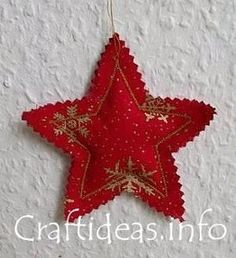 Fabric Crafts and craft ideas for Christmas- Fabric Stars. Fabric Christmas Ornaments, Noel Christmas, Handmade Christmas, Diy Ornaments, Beaded Ornaments, Simple Christmas, Fabric Christmas Decorations, Christmas Scents, Elegant Christmas