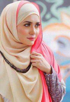 muslim women in hijab Hijab Musulman, Beau Hijab, Hijab Stile, Muslim Hijab, Hijab Chic, Hijab Outfit, Muslim Dress, Beautiful Muslim Women, Beautiful Hijab