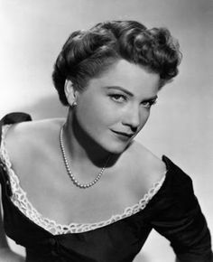 """Vintage Glamour Girls: Ann Baxter in """" All About Eve """""""