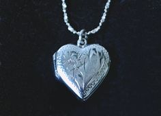 Your place to buy and sell all things handmade Heart Locket, Sterling Silver Chains, Gifts For Mom, Dog Tag Necklace, Mothers, Jewelry Box, Floral Design, My Etsy Shop, Delicate