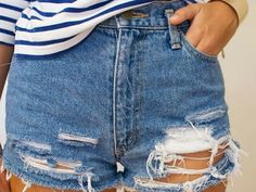 transformación: shorts rotos