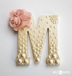 Letra decorativa super diferente! Achei elegante e charmosa demais!