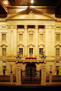 Buckingham Palace doll house photo  by Mark Wu Ltd, via Flickr