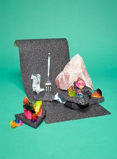 allowing objects to serve as a secondary backdrop Katie Fotis  Edible  Earth  Edible Rock Set Designs 7da8df144b4c