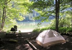 RV And Camping. Great Ideas To Think About Before Your Camping Trip. For many, camping provides a relaxing way to reconnect with the natural world. If camping is something that you want to do, then you need to have some idea Camping Places, Camping Spots, Camping Car, Camping World, Camping And Hiking, Family Camping, Campsite, Outdoor Camping, Camping Ideas