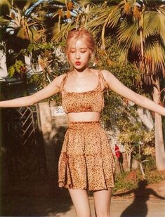 Summer Dairy Hawaii - Blackpink Rose Adorable Photos Blackpink rose is very beautiful and photogenic. Check out these awesome and adorable photos of her. Blackpink Fashion, Korean Fashion, Fashion Outfits, Blackpink Photos, Rose Photos, Kpop Girl Groups, Kpop Girls, Two Piece Outfit, Two Piece Skirt Set
