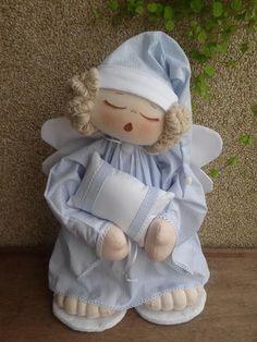 Rosemary Penha de Souza's 749 media content and analytics - Her Crochet Baby Door Hangers, Angel Crafts, Child Doll, Soft Dolls, Cute Baby Girl, Fabric Dolls, Pet Toys, Doll Patterns, Nursery Decor