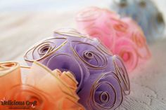 http://deliciouscraft.com/2013/02/organdy-rose-brooch-in-pastel-colours/#