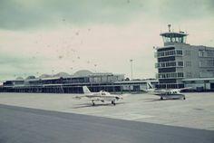 o aeroporto = der Flughafen   Aeroporto / LM