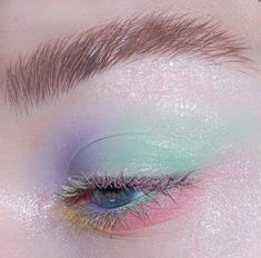logo m, learn it Makeup for maroon dress, makeup hacks for girls, bridal makeup m Eye Makeup, Makeup Brushes, Makeup Tips, Beauty Makeup, Hair Makeup, Makeup Remover, Mint Makeup, Maroon Dress Makeup, Colorful Makeup