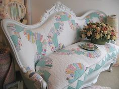 What an amazing idea! Upholster furniture in a quilt... love it! Must try it. #upholstery