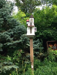 Edward Hopper bird building. Eclectic Arts; EArtsStudio.com