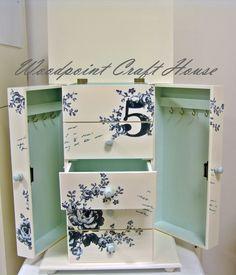 #diy #woodpointcrafthouse #handmade #painting #countrypainting #decopage #stencil #handpainting #gift #jewelery box #elyapımı #ahşapboyama #decopaj #elleboyama #hediyelik #takı kutusu