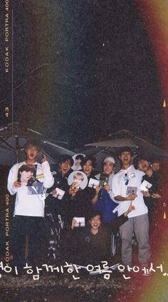 Bts Taehyung, Bts Bangtan Boy, Bts Jimin, Bts Aesthetic Wallpaper For Phone, V Bts Wallpaper, Lock Screen Wallpaper, Foto Bts, Bts Polaroid, The Journey