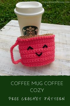 This Mug Coffee Cozy is the most adorable way to add coffee to your coffee! The free crochet pattern is simple and includes photos! Crochet Coffee Cozy, Crochet Cozy, Crochet Gifts, Cute Crochet, Coffee Cozy Pattern, Coffee Sleeve, Crochet Kitchen, Crochet Accessories, Crochet Projects
