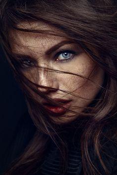 Moda, Belleza y Lencería., darkbeautymag: Photographer: Jack Høier Model:...
