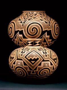 ~Bertha Tom @ Turquoise Tortoise Gallery In Sedona Arizona Navajo Pottery, Southwest Pottery, Pueblo Pottery, Southwest Art, Native American Crafts, Native American Pottery, American Indian Art, Native American Indians, Native Americans