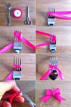 Diy : cute ribbon bow made using a fork diy как сделать бант Diy And Crafts, Arts And Crafts, Paper Crafts, Diy Y Manualidades, Diy Bow, Ribbon Bows, Ribbons, Ribbon Diy, Ribbon Crafts
