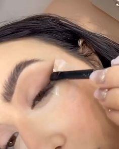Makeup Eye Looks, Pretty Makeup, Simple Makeup, Skin Makeup, Natural Makeup, Skull Makeup Tutorial, Makeup Looks Tutorial, Smokey Eye Makeup Tutorial, Eyebrow Shaping Tutorial