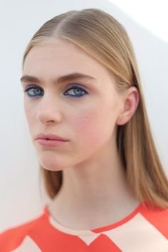 """""""Lucia Pieroni created a Nineties-esque electric blue eye backstage at Jonathan Saunders"""" Milan Fashion Week SS16"""