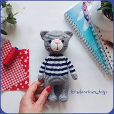Samyelinin Örgüleri: Jeremy the Amigurumi Cat (Free English Pattern) de ganchillo patrones gratis Crochet Cat Pattern, Crochet Amigurumi Free Patterns, Crochet Dolls, Crochet Sloth, Free Crochet, Animal Knitting Patterns, Stuffed Animal Patterns, Loom Patterns, Crochet Projects