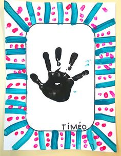 Master Class: New Year's Advent Calendar for . Elephant Nursery, Nursery Art, Photos Folles, Petite Section, Grande Section, Small Nurseries, Adventure Nursery, Nursery Curtains, Floral Nursery