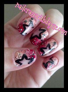 This is cute, kinda sloppy tho. Star Nail Art, Star Nails, Creative Nail Designs, Creative Nails, Cute Nails, Pretty Nails, Hair And Nails, My Nails, Nail Polish Style