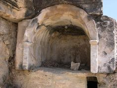 Deadly Gases Still Emerge From This Ancient Portal to the Underworld Ancient Art, Ancient Egypt, Ancient History, Ancient Greece, Las Vegas Review Journal, Strange Places, Ancient Mysteries, Interesting History, New Travel