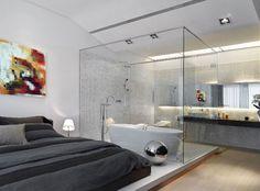 Modern bathroom inside bedroom with glass wall Modernes Badezimmer im Schlafzimmer mit Glaswand Modern Bedroom Design, Contemporary Bedroom, Modern Design, Bedroom Designs, Modern Bedrooms, Contemporary Design, Bed Designs, Modern Room, Modern Wall
