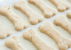Easy 2-Ingredient Treats Your Pup Will Go Crazy For