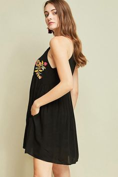 There is nothing quite as sweet as the A Day In The Life Black Embroidered Halter Skater Dress. The perfect dress with woven fabric and intricate embroidery! Event Dresses, Floral Dresses, Party Dresses, Dinner Dresses, Bohemian Dresses, Coral Dress, Pink Dresses, Fall Dresses, Yellow Dress