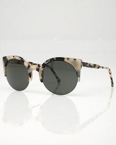 236d7d1b8f56f Love this sunglasses!  161 Gafas