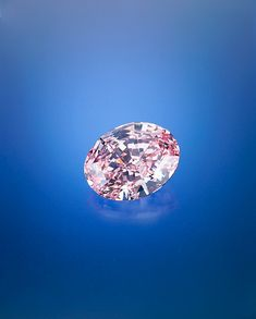Found in South Africa, the 59.60 ct Pink Star was formerly known as the Steinmetz Pink. Nearly two years were spent cutting this Internally Flawless Fancy Vivid pink diamond into an oval-shaped mixed cut. It was unveiled in Monaco in 2003, and was displayed at the Smithsonian Institution and London's Natural History Museum.