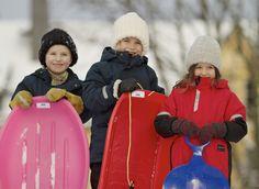 Winter Hats, Winter Jackets, Canada Goose Jackets, Toys, How To Make, Fashion, Winter Coats, Activity Toys, Moda