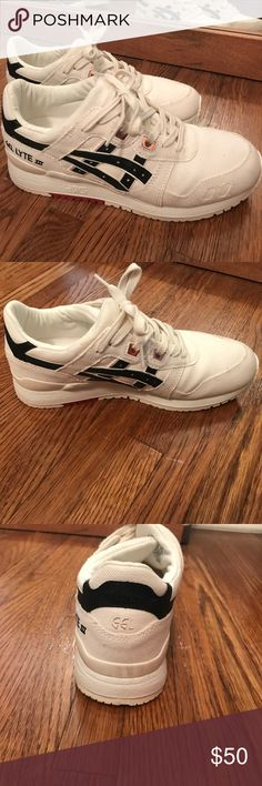 Asics Tiger Gel Lyte III Like new! Ivory, Black, Rose Gold, Women's US size 6 Asics Shoes Sneakers