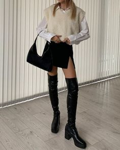 Follow our Pinterest Zaza_muse for more similar pictures :) Instagram: @zaza.muse | Cute Casual Outfits, Chic Outfits, Fall Outfits, Fashion Outfits, Fashion Tips, Indie Outfits, Fashion Hair, Fashion Trends, Teen Fashion
