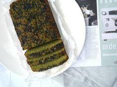 Pea, Coconut and Matcha Cake - gluten free (and grain free), dairy free and refined sugar free. This amazing cake is packed with protein and fibre and tastes delicious too!