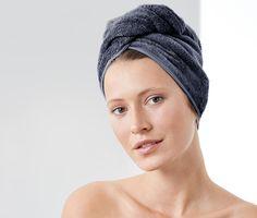 39,99 zł | Dzięki temu ręcznikowi zdołasz łatwo i szybko osuszyć długie włosy, ponieważ miękka mieszanka bawełny i włókna Lenzing Modal® z wysokogatunkową bawełną ekologiczną jest wyjątkowo chłonna.