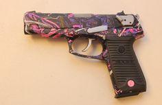 Pink and purple camo Ruger Camo Guns, Hunting Guns, Hunting Stuff, Deer Hunting, Country Girl Life, Country Girls, Muddy Girl Camo, Pink Guns, Realtree Camo