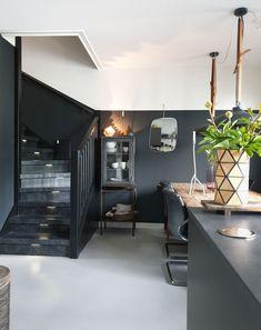 Dining Room Design, Interior Design Living Room, Dark Interiors, Small Room Bedroom, Black Walls, New Room, Interior And Exterior, Interior Ideas, Future House