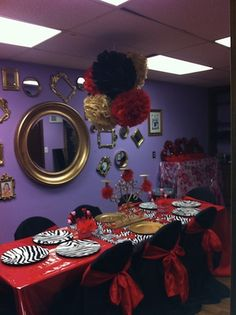 Birthday party venue to spoil kids, children at. A Hair for Kids Salon. Children's themed decorated parties . 262-938-5999 in New Berlin, WI