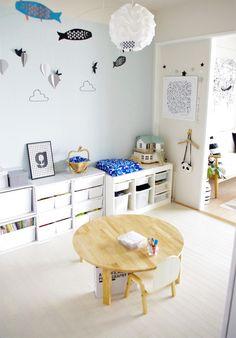 子供部屋|サチ…あれ♪ ~北欧インテリア~ Wood Bedroom, Kids Bedroom, Baby Toy Storage, Kids Room Wallpaper, Kid Desk, Kids Corner, Kid Spaces, Kids Decor, House Rooms