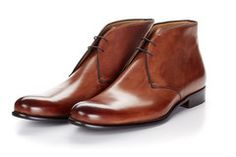 The Newman Chukka Boot - Marrone Winter Dresses With Boots, Dress With Boots, Dress Shoes, Men Dress, Mens Fashion Shoes, Men S Shoes, Men Boots, Fashion Women, Leather Chelsea Boots