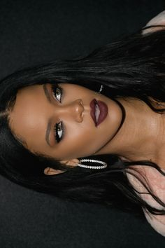 ImageFind images and videos about beauty, makeup and rihanna on We Heart It - the app to get lost in what you love. Mode Rihanna, Rihanna Love, Rihanna Riri, Rihanna Style, Beauty Makeup, Hair Makeup, Hair Beauty, Rihanna Makeup, Justin Bieber