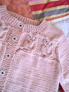 Knitionary: Pink Baby Owley Cardigan and Quilt , Kids Knitting Patterns, Baby Cardigan Knitting Pattern, Knitted Baby Cardigan, Knit Baby Sweaters, Knitted Baby Clothes, Knitting For Kids, Crochet For Kids, Baby Patterns, Owl Sweater