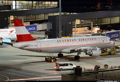 "Austrian Airlines Airbus A320-214 OE-LBP ""Neusiedlersee"" at Vienna-Schwechat, November 2015. Retro Jet livery since 2008. (Photo: Planecatcher)"
