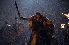 Nato dall'unione tra la mortale Alcmena e Zeus, il padre degli dei, #HerculesIT (Kellan Lutz) è destinato alla grandezza. Ma prima di diventare leggenda, dovrà fare i conti con la sua umanità e con la furia del patrigno, il re Anfitrione.  HERCULES: LA LEGGENDA HA INIZIO, dal 30 Gennaio al #cinema!